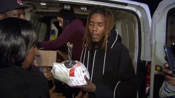 Rapper Willie Maxwell Fetty Wap Distributes Thanksgiving turkeys to Patterson Families