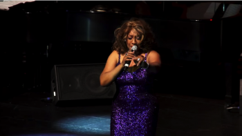 Mary Wilson performing