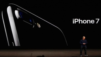 Apple's September 2016 Event: iPhone 7, Apple Watch 2, and Super Mario